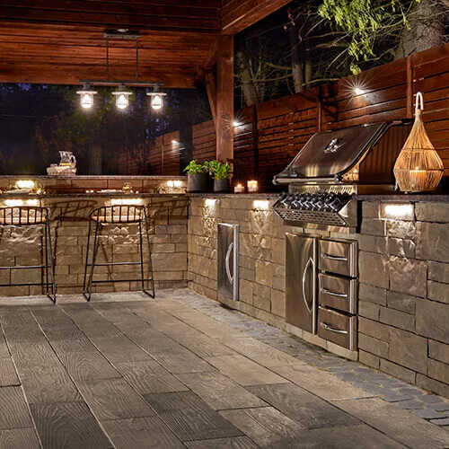 5 Ways To Add Landscape Lighting To Concrete Hardscaping: Techo-Bloc Walls • Pantano